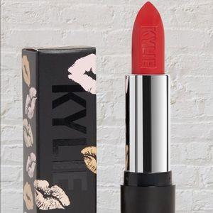 2 New Kylie Cosmetics Boss Matte Lipstick